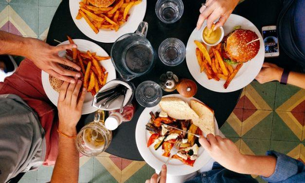 Angustia por la diabetes puede contribuir a comer compulsivamente en personas con diabetes tipo 1