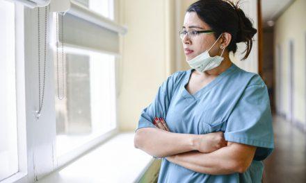 Experiencias de los trabajadores de atención médica domiciliaria durante el COVID-19