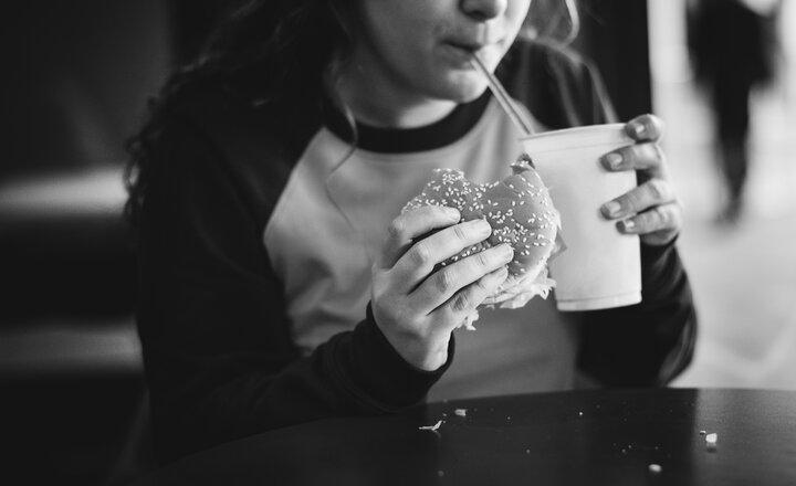 Obesidad y COVID-19 en los Estados Unidos