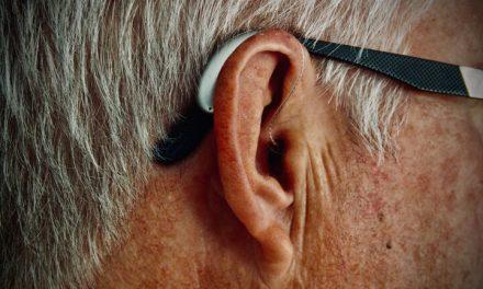La pérdida auditiva y el nivel alto de azúcar en sangre afectan el aprendizaje y la memoria