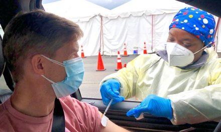 Vacuna COVID-19 en California
