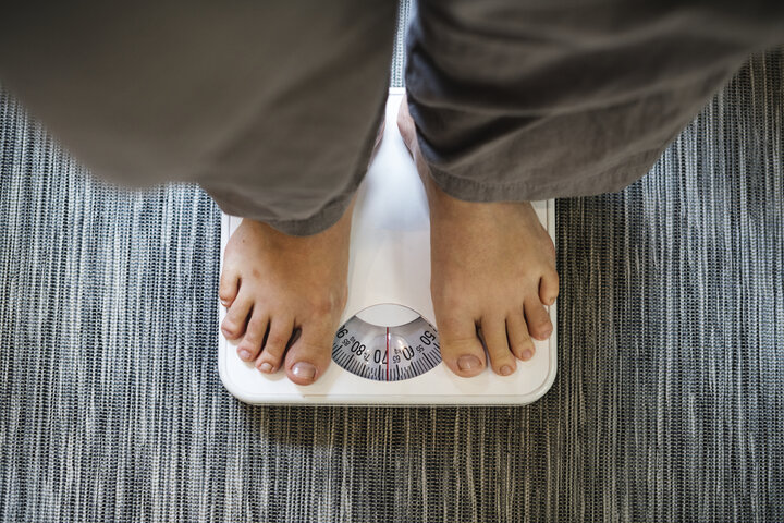 Being underweight and overweight are risk factors from COVID-19