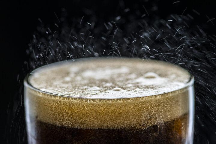 Impuestos las bebidas azucaradas reduce la demanda